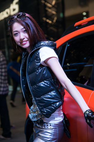 Tokyo_auto_salon_2013_companions_11