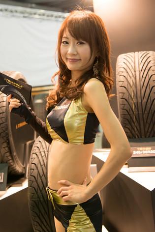 Tokyo_auto_salon_2013_companions_20