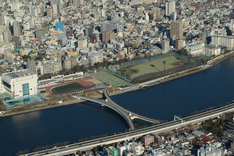 Tokyo_skytree_2013_winter_26