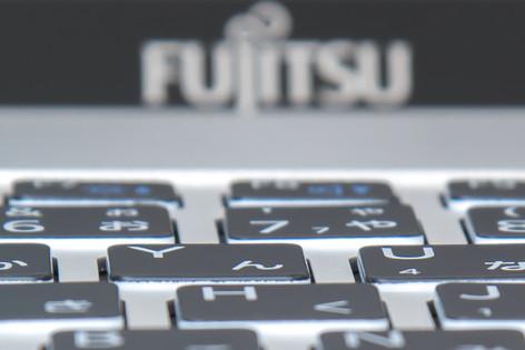 Fujitsu_sh90m_020