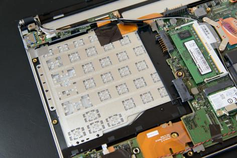 Fujitsu_sh90m_089