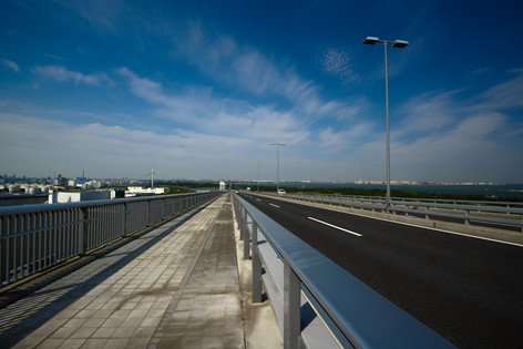 Tokyo_gate_bridge_15
