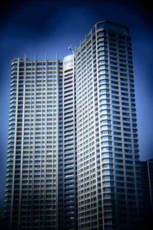 Holga_lens_coastal_city_11