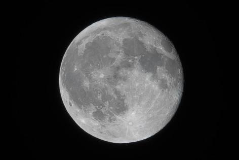 Moon_20160819