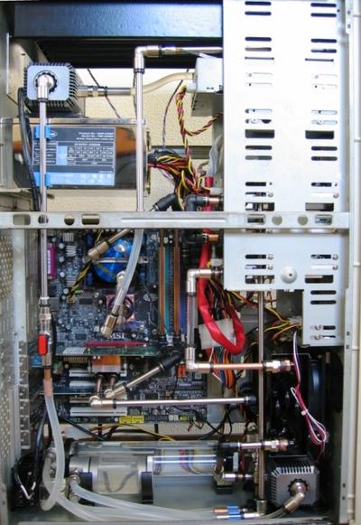 こだわりの水冷パソコンシステム